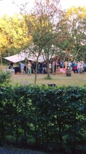 Mooie tuin voor een zomers tuinfeest | Etenswaar catering