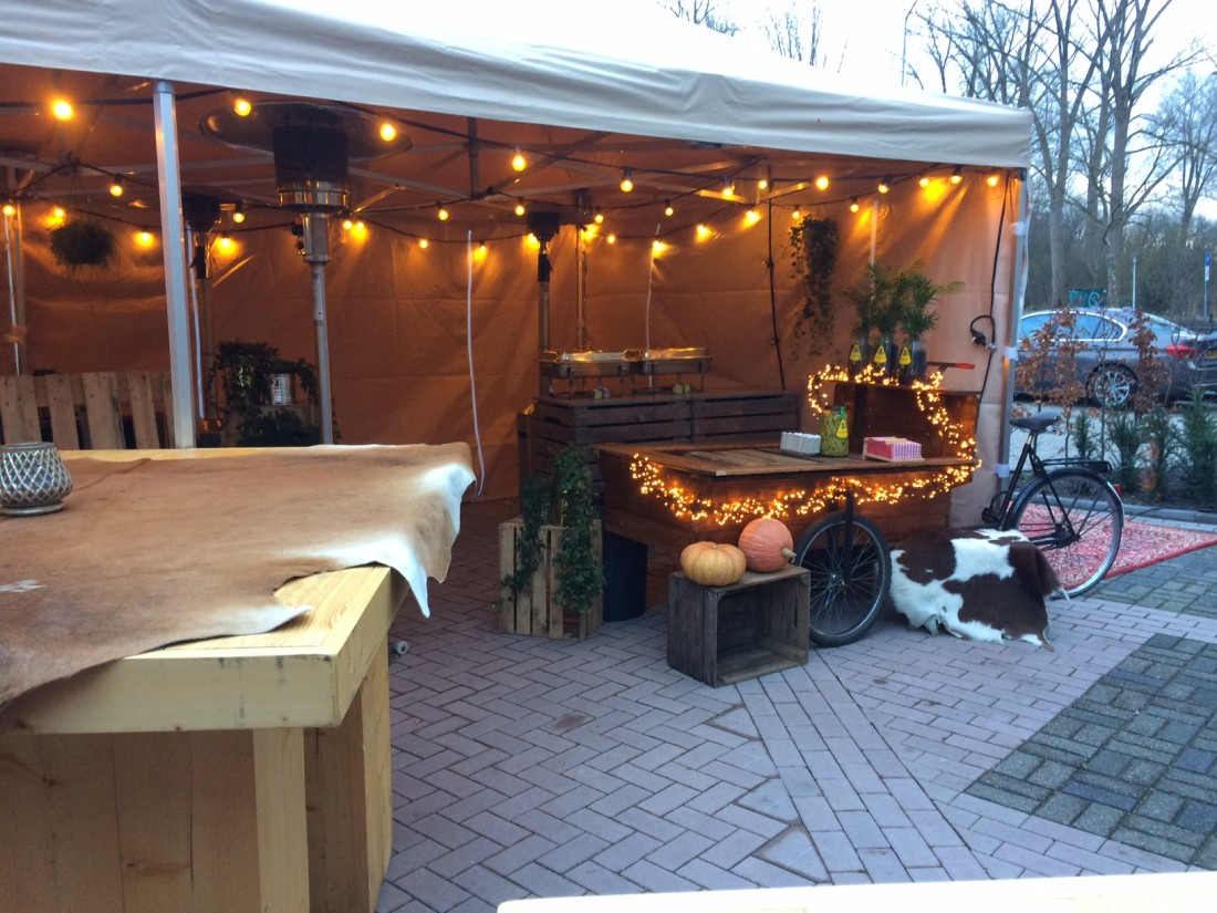 Bakfiets hotdogs Etenswaar Eindhovens rondje Fortec