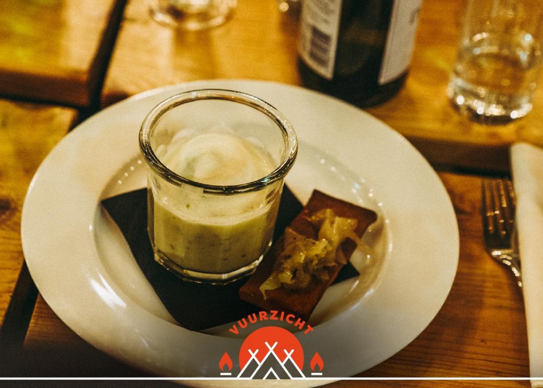 Glow 2017 Zwart Wit Koffie Etenswaar Vuurzicht.Soep